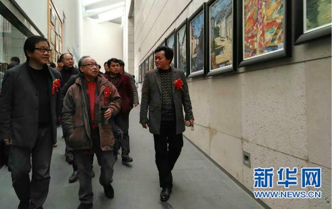 亳州幼师名师美术作品亮相合肥 展出百余幅作品