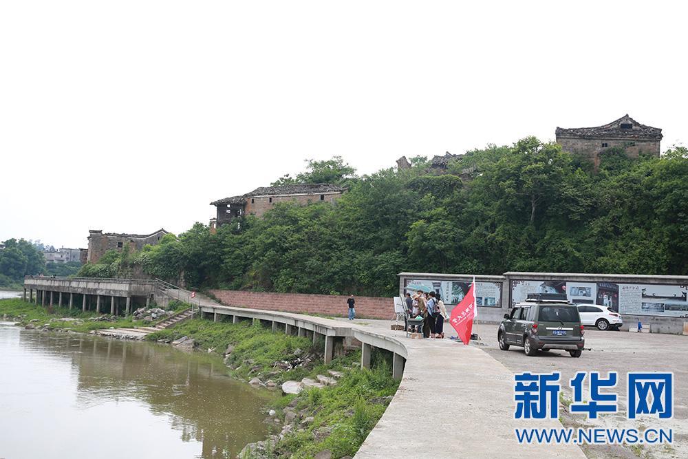 """江西南丰:秀美乡景催热""""写生经济"""""""