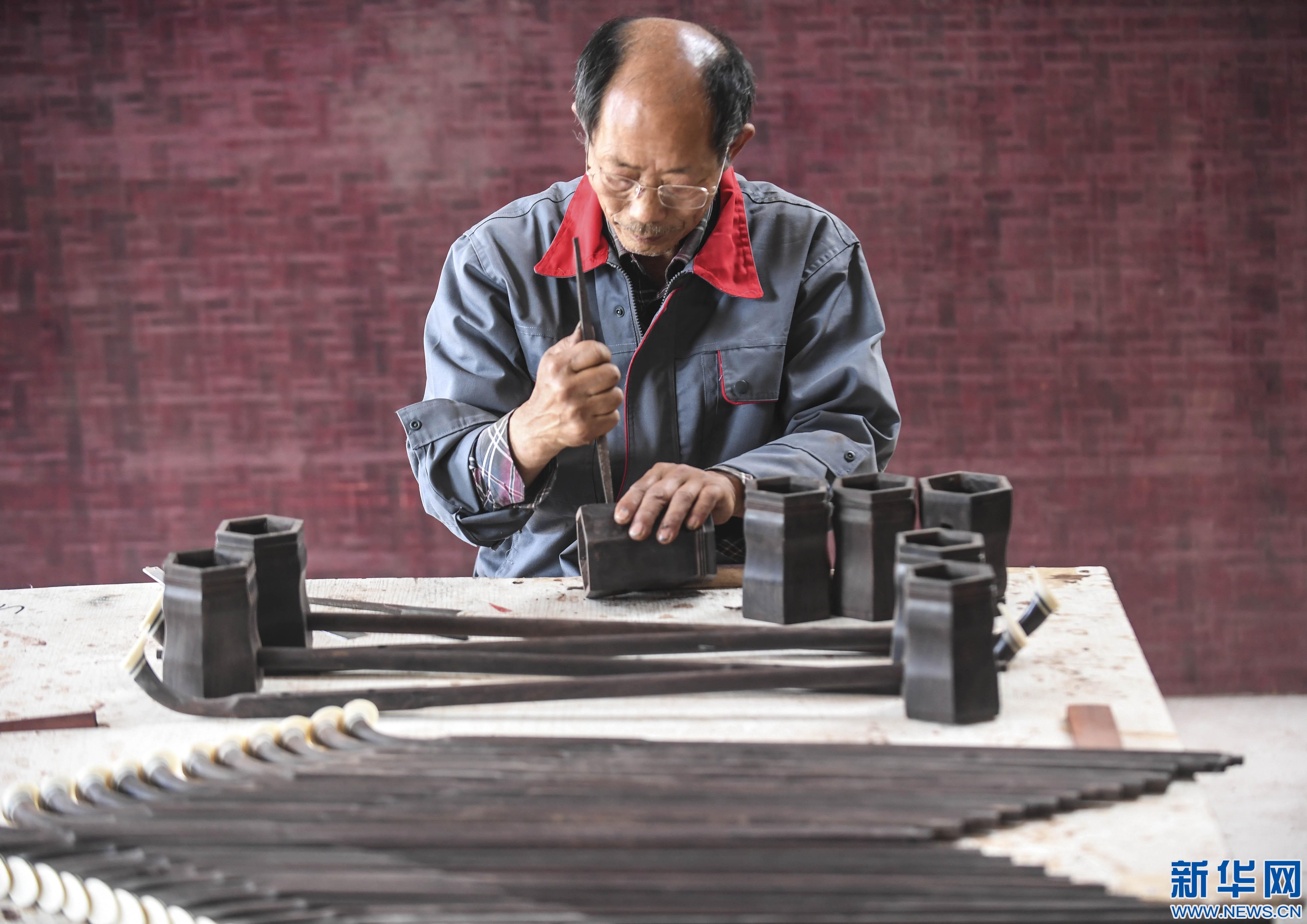 河北安平:手工制作助力民族乐器发展
