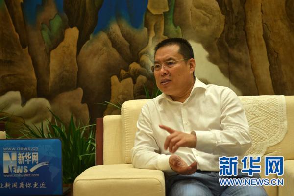 【新华访谈】王建军:打造 国际范儿 航空小镇 助力石家庄通航产业发展