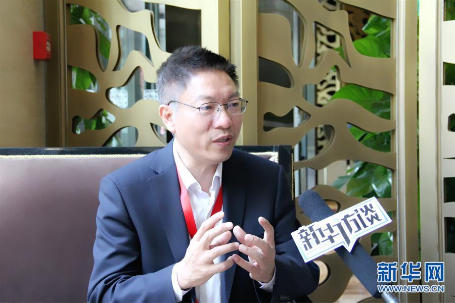 邓中亮:高精导航为城市治堵破题