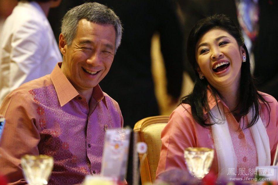 [转载]英拉会见各国领导人十大最经典的笑容