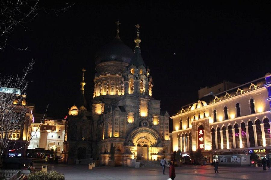 夜晚欧式建筑图片