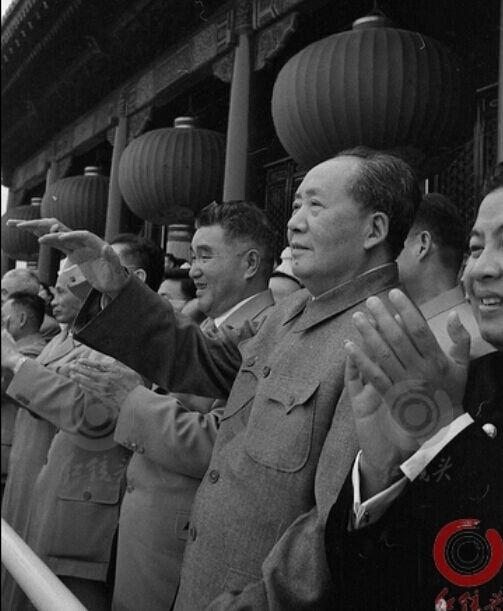 毛主席和朱德元帅的朝鲜师弟