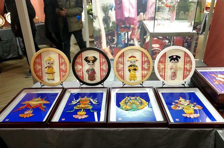 河北承德满族文化遗产精品展示月亮相京城
