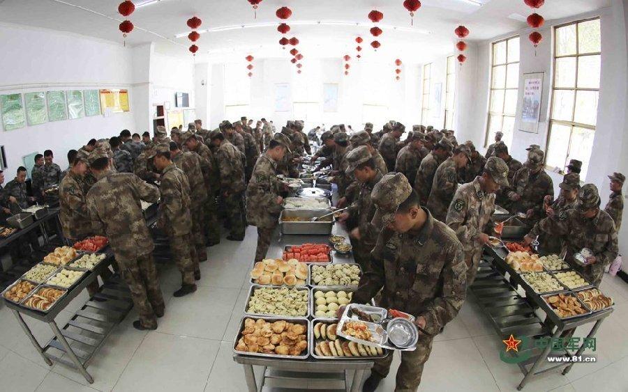 部队伙食理制度_广东潮州边防支队严把四关全力打造绿色警营