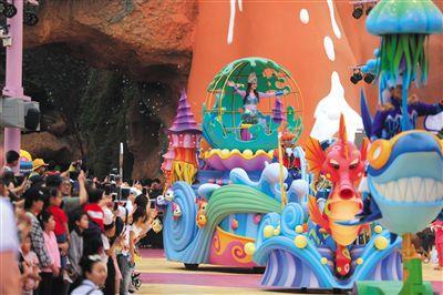 两年一更新 北京欢乐谷追得上环球影城吗?