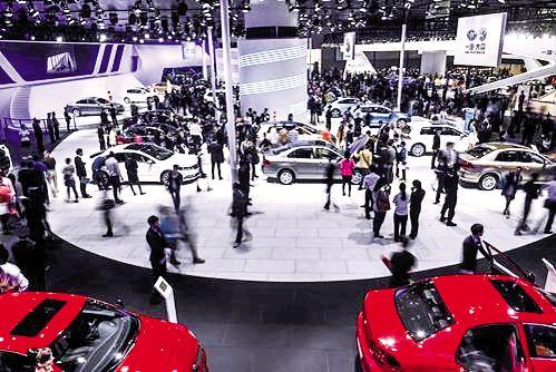 中外车企在挑战中发力中国新能源汽车市场