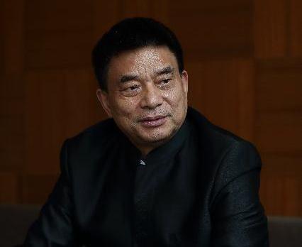 刘永好:紧随时代步伐 振兴现代农业