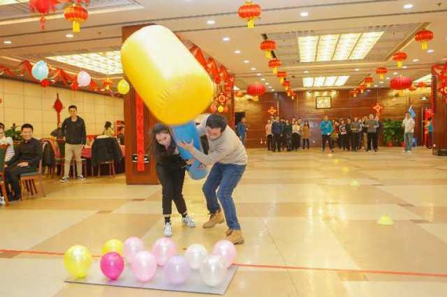 遇见春之声 牵手今世缘 新华社民族品牌工程青年联谊会在京举行