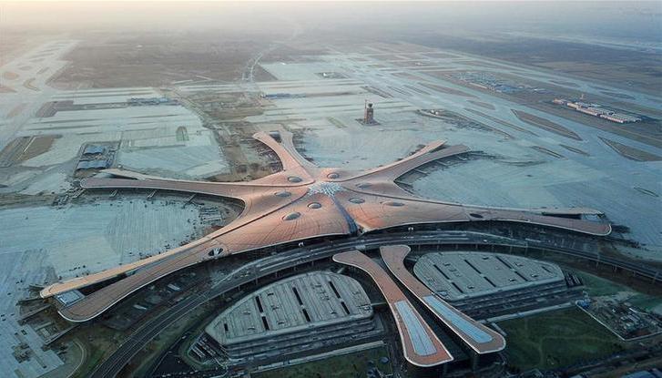 """""""凤凰展翅""""精彩亮相——北京大兴国际机场建设新进展"""