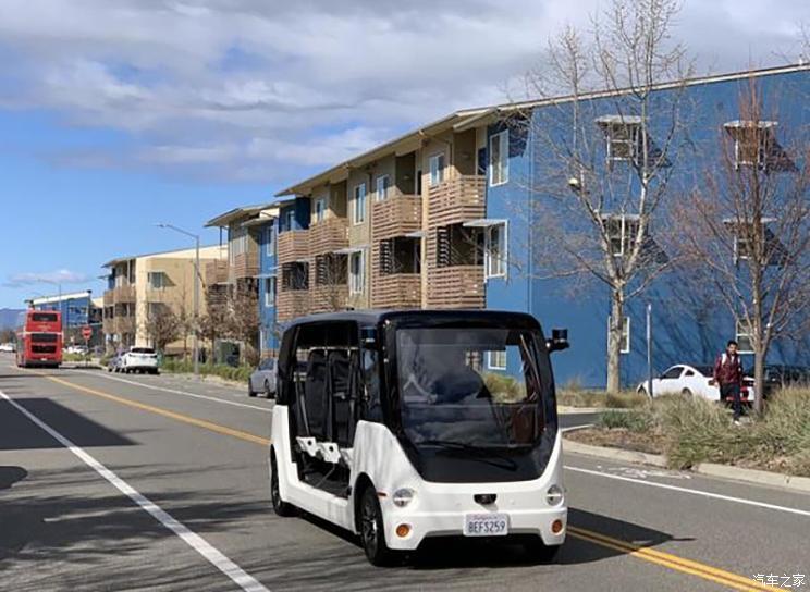 上汽在加州大学展示自动驾驶电动车