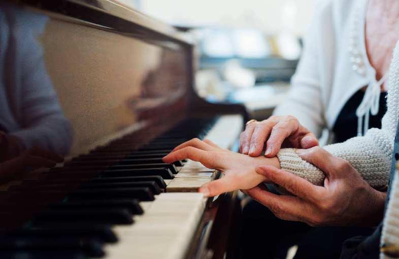 百姓口碑是最好评委——《梁祝》主创者何占豪谈音乐教育