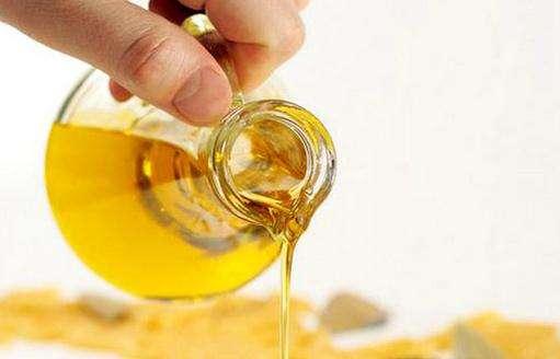 低芥酸菜籽油风靡海内外 吃了到底有何好处?
