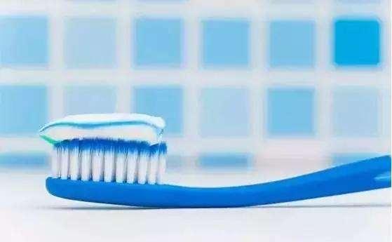 国产牙膏品牌生存难 突围需找到新卖点