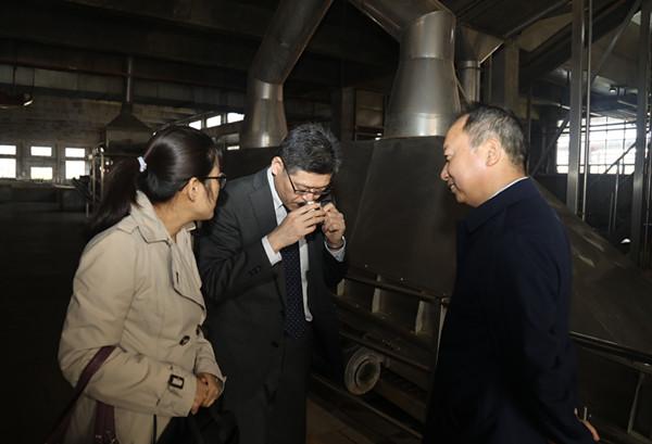 日本烧酒专家盛赞中国白酒智能化酿造