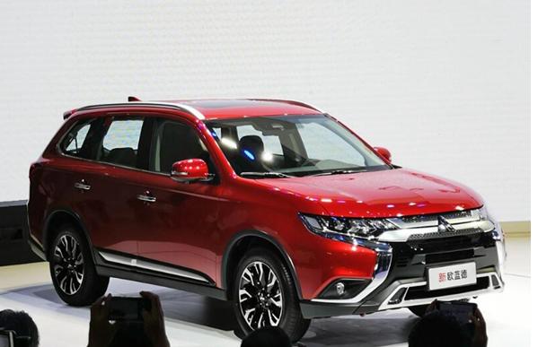 直击2018广州车展:新欧蓝德15.98万元起售