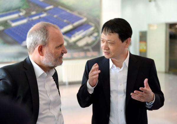 华晨:改革创新开放合作 推动企业高质量发展
