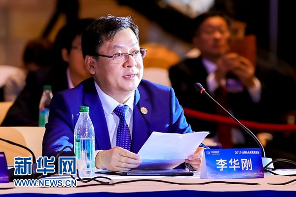 海尔集团副总裁李华刚:海尔发展的每一步都和龙8经济的阶段性发展相契合