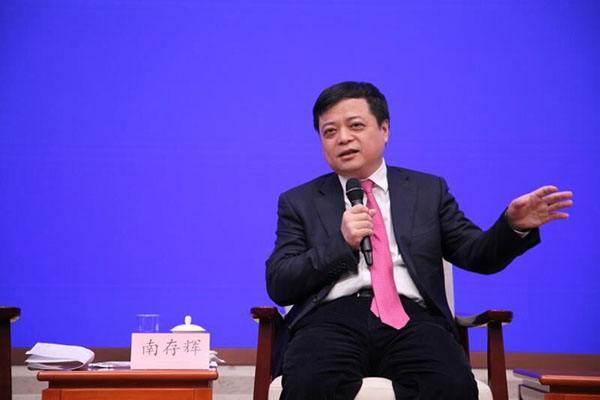 正泰集团董事长南存辉:坚守实业 把握机遇