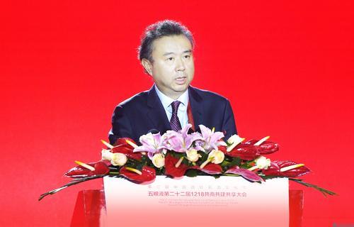 五粮液集团党委书记、董事长李曙光:新华社民族品牌工程是帮助民族品牌走向世界的创新之举