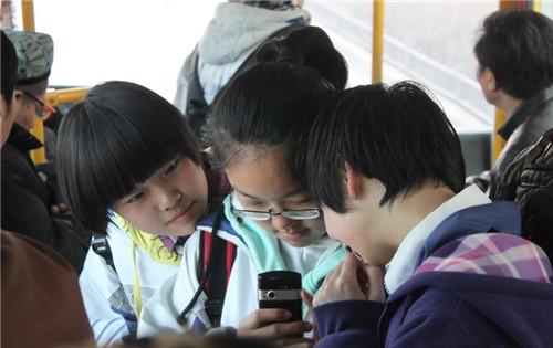 小学生抽到电脑寒假v小学:一个月不碰期刊另类优秀作文手机小学生图片