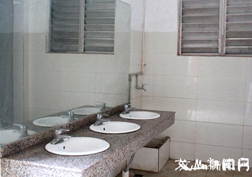 马关县18座新建改造公厕已投入使用