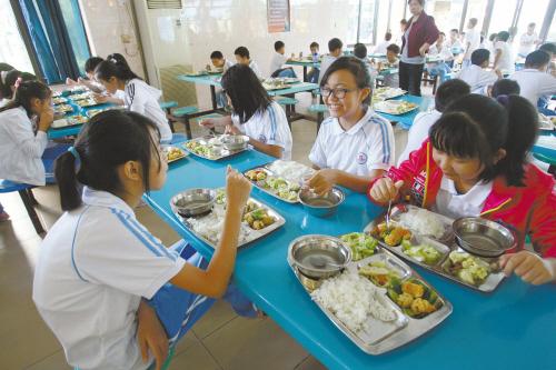 沈阳市中小学食堂食谱和菜价须每天公布