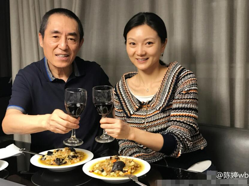 陕西臊子面配红酒 张艺谋亲手下厨送惊喜