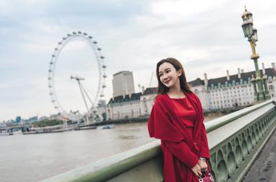 孙心娅伦敦街拍时尚大片 漫步伦敦街头宛若行走的风景图片