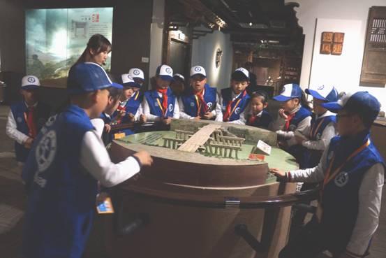 温州首批新华小记者宣誓仪式在瑞安举行