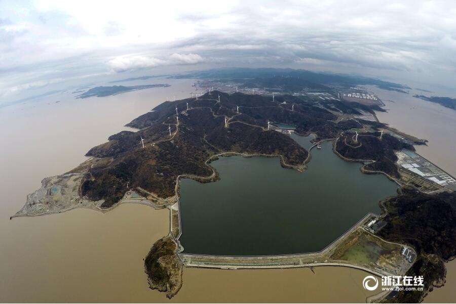 舟山:黄金湾水库正式开始蓄水
