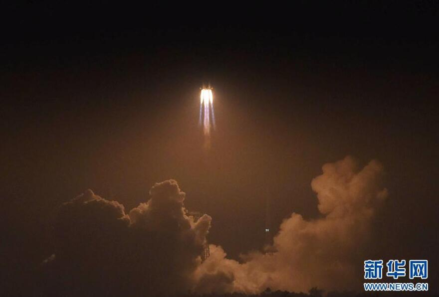 """织就天网送""""天舟""""——西安卫星测控中心天舟一号任务现场见闻"""