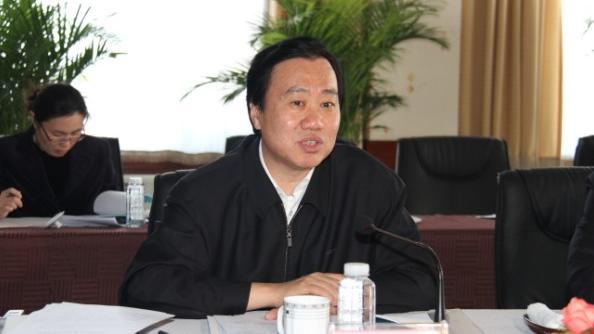 辽宁省政协党组举行专题民主生活会 夏德仁发言