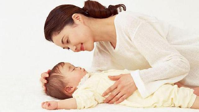 宝宝出生了,妈妈更需要关爱