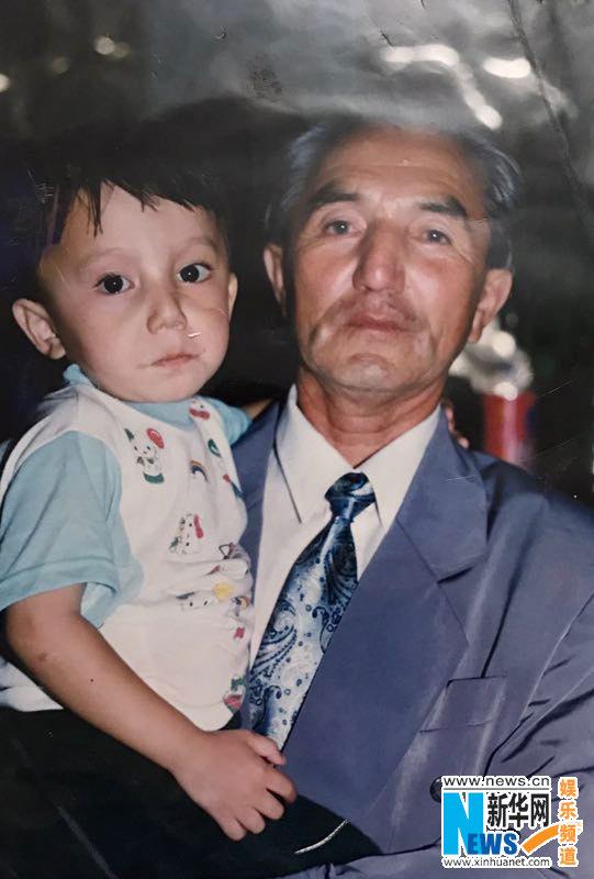 迪玛希《歌手》圈粉无数 萌帅童年照似吴磊
