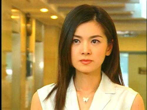 电视剧人鱼小姐_另外,张瑞希曾通过出演《人鱼小姐》和《妻子的诱惑》等电视剧作品为