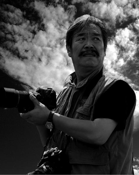 西藏摄影家:扎西次登简介