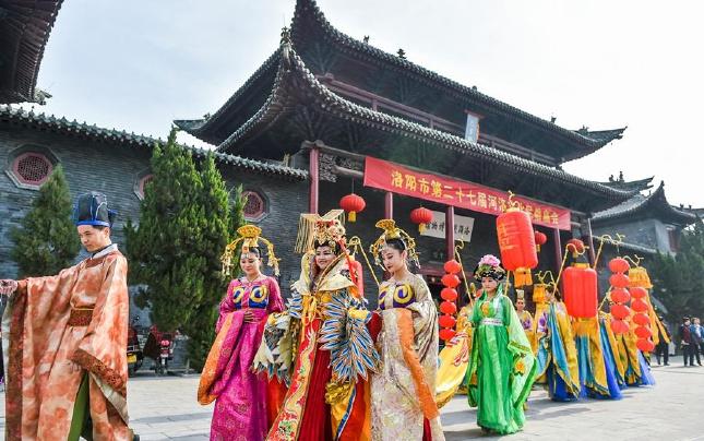 河南洛阳:逛庙会 赏民俗