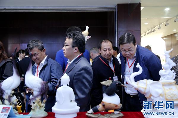 """青海海西成发展""""热土"""" 经贸交流会签约金额617.68亿元"""