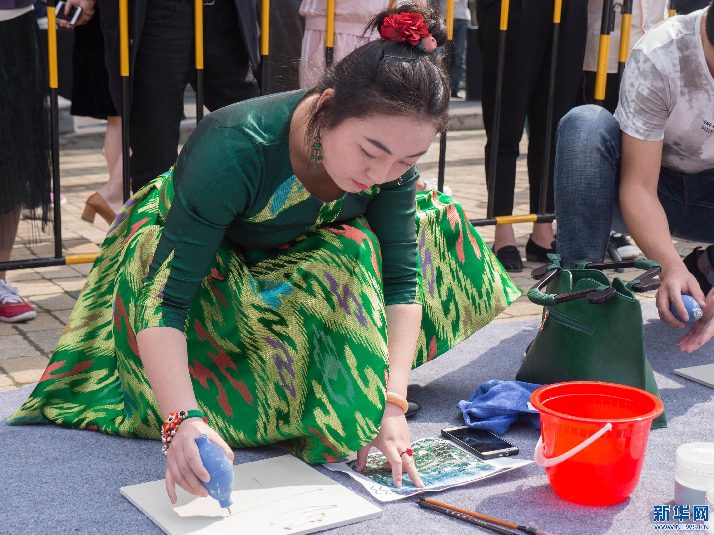 陶溪川与新陶艺:一场玩泥巴的艺术派对