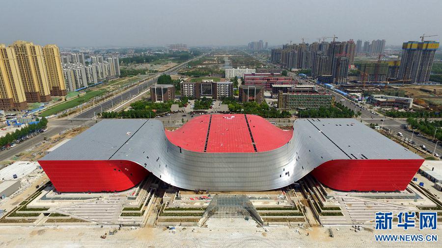 河南许昌:特色建筑勾勒独特城市气质