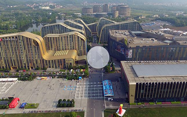 【航拍】第十二届中国国际动漫节主场馆白马湖动漫广场