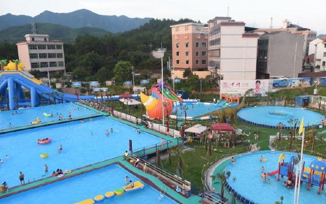 义乌一山村众筹300万建水上乐园 全村村民都是老板