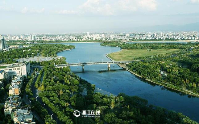 衢州:一湖清水信安湖