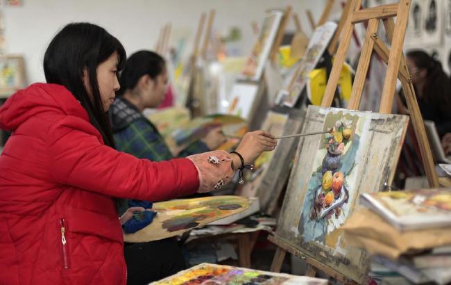 安徽阜阳:美术统考在即 艺术生冲刺迎考