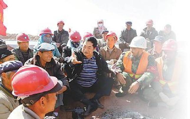 """不要报酬的""""光杆司令""""为农民工党建蹚新路"""