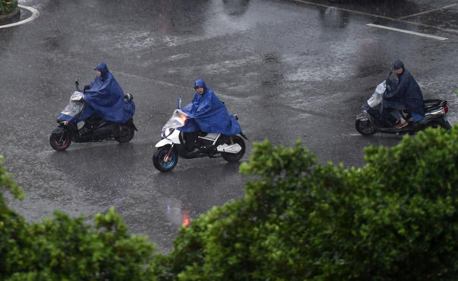 广西南宁发布暴雨橙色预警