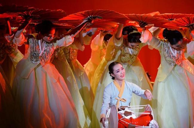 第五届全国少数民族文艺会演参演剧目《阿里郎花》在京上演