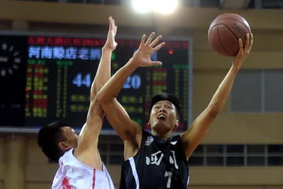 篮球——全国青年联赛钦州赛区:河南队夺冠